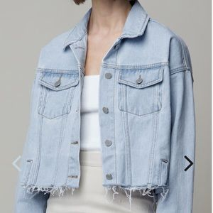 Boyfriend Cropped Denim Jacket